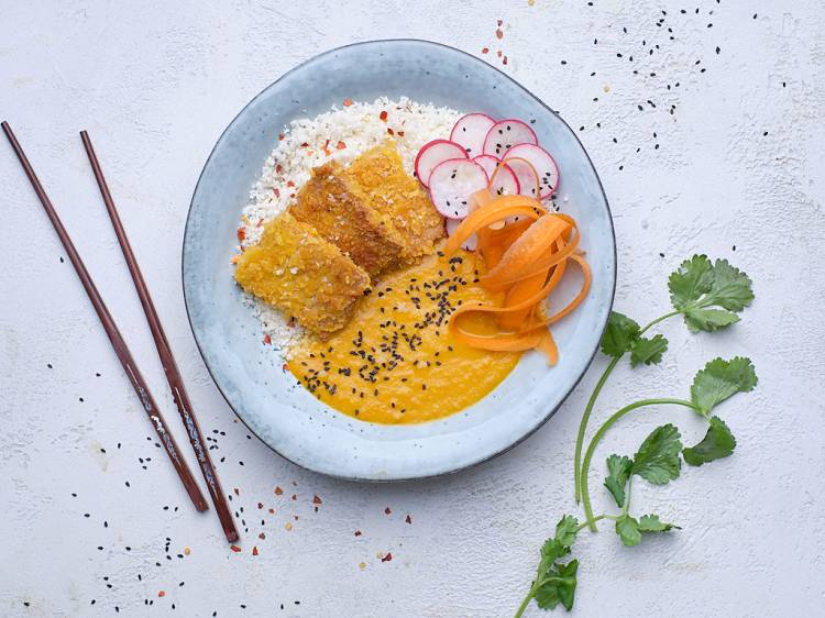 Tofu au curry à la sauce Katsu | Recettes 8Fit