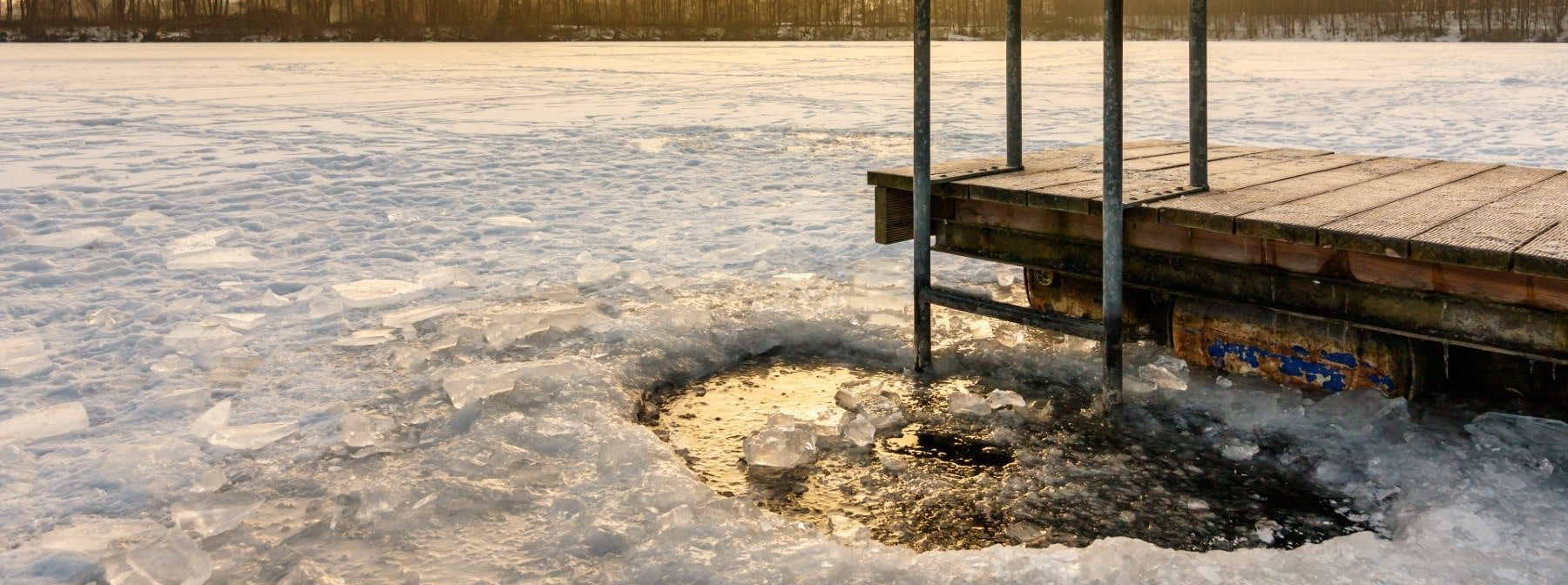 Avantages du bain glacé | Comment un bain glacé aide-t-il à la récupération et à la performance?