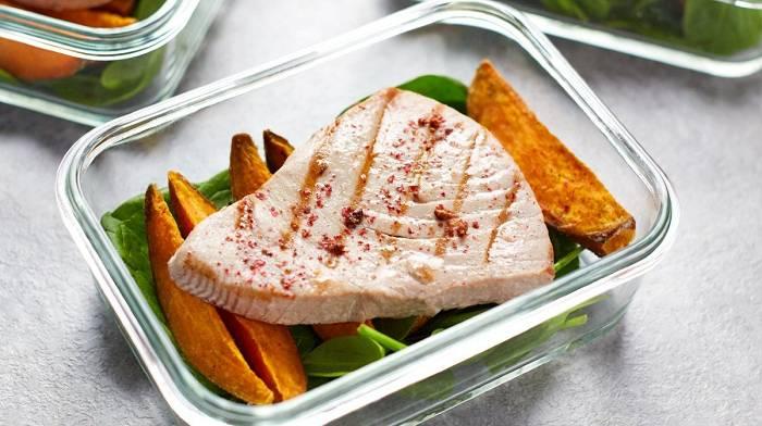Leckeres Thunfisch Steak Rezept | Gebratener Thunfisch & Süßkartoffel Meal Prep