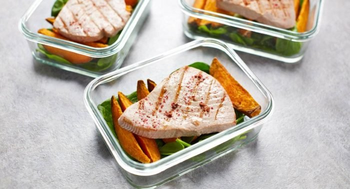 Leckeres Thunfisch Steak Rezept   Gebratener Thunfisch & Süßkartoffel Meal Prep