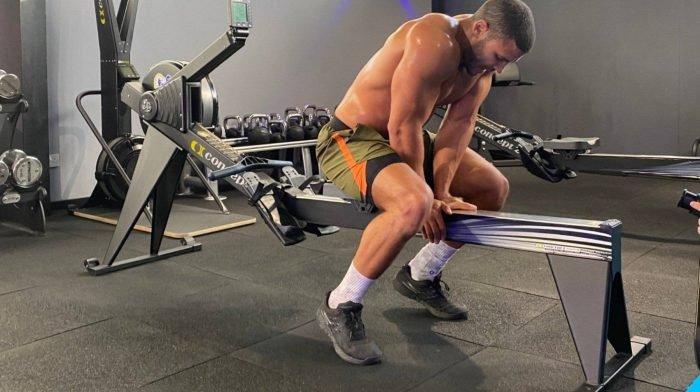 Trainiere, wie der fitteste Mann des Vereinigten Königreichs | Zack George