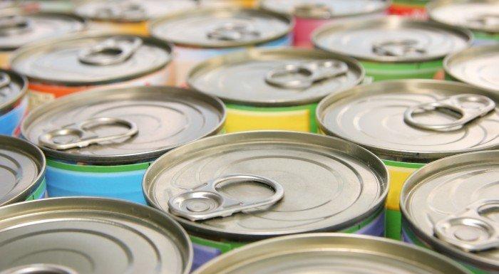 10 nährstoffreiche Lebensmittel aus der Dose, die du vorrätig haben solltest