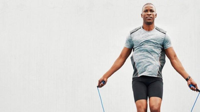 Wenig Platz? 10 Gründe, wieso Seilspringen das perfekte Cardio-Training ist