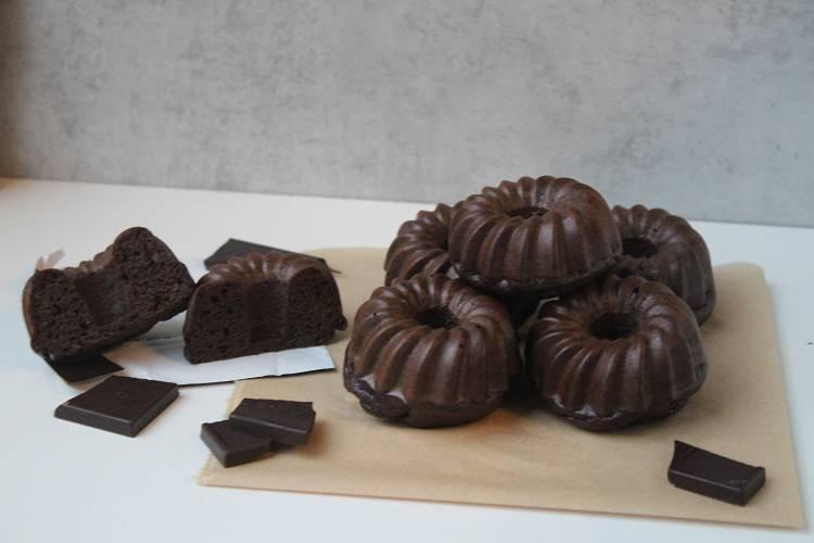 Kalorienarmer Schoko-Gugelhupf   Gesundes Dessert