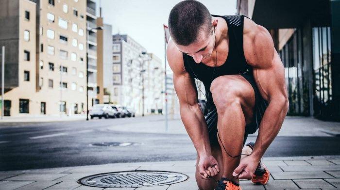 Training bei heißen Temperaturen: Darauf solltest du bei der Ernährung achten!