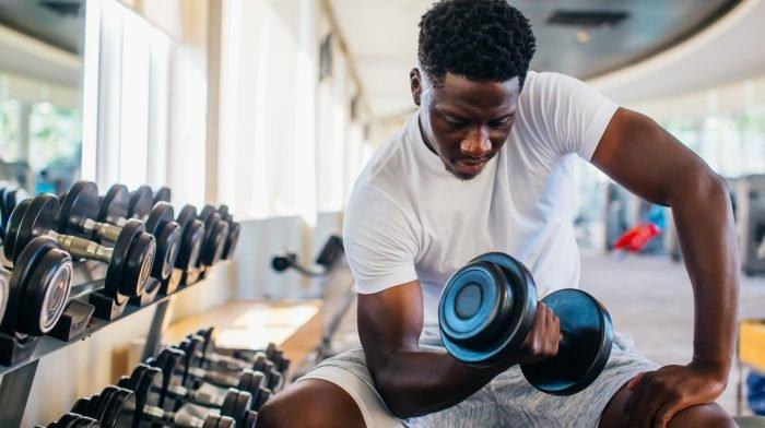 Ganzkörper-Workout mit Kurzhanteln | Werde Top-Fit mit diesen 6 Übungen