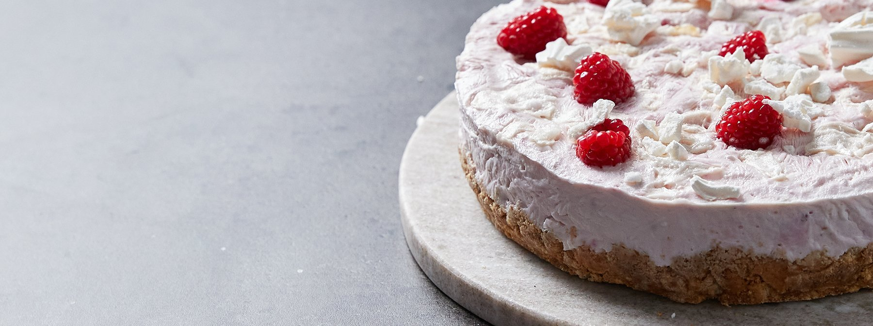 Eton Mess Gefrorener Protein Käsekuchen | World's Kitchen