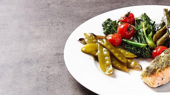 Pesto-Lachs vom Blech Meal Prep | Stimmungsaufhellende Gerichte