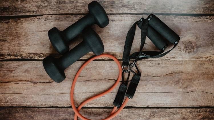 Wie du deine Home Workouts herausfordernder gestaltest
