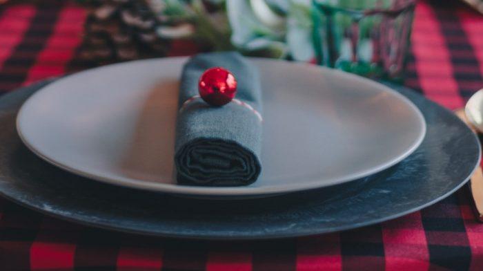 Was hilft gegen Völlegefühl & Aufgedunsenheit nach einem Weihnachtsessen?