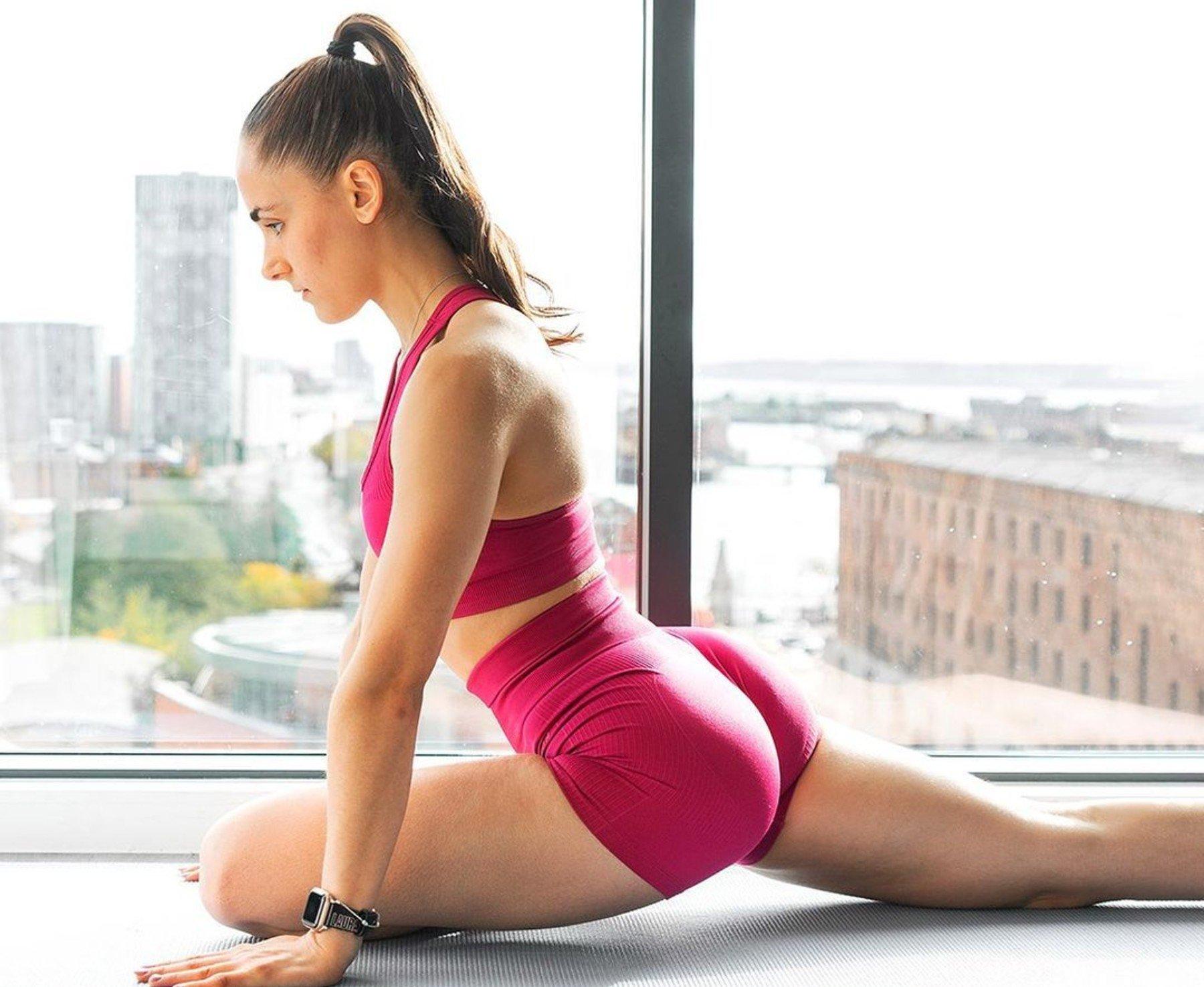 Workout mit Laura Rose | Kurzhantel Beintraining