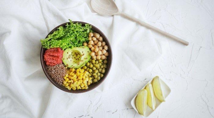 Veganer Muskelaufbau Ernährungsplan & Tipps