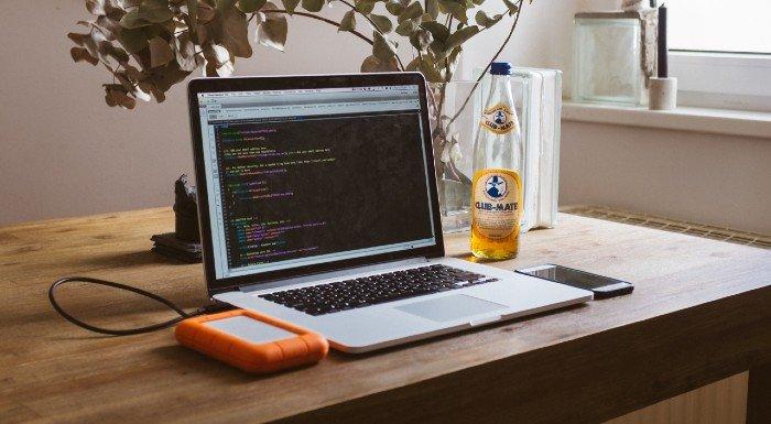 Myprotein Mitarbeiter teilen ihre besten Tipps für die Arbeit im Home Office
