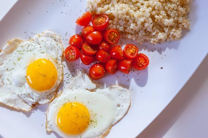 Was ist Vitamin K? | Wirkung, Mangelsymptome & Einnahmeempfehlungen