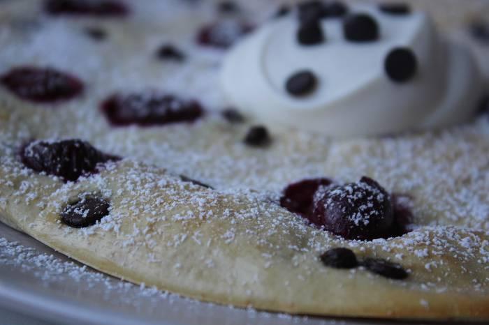 Proteinreicher Ofen-Pfannkuchen | Einfache & köstliche Frühstücksidee