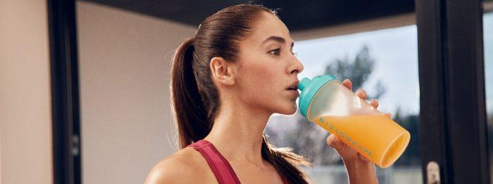 Erreiche deine Proteinzufuhr, während du hydriert bleibst