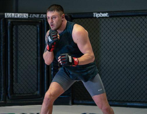 Die Vorbereitung auf sein MMA Debüt | On the Wall mit Michael Smolik