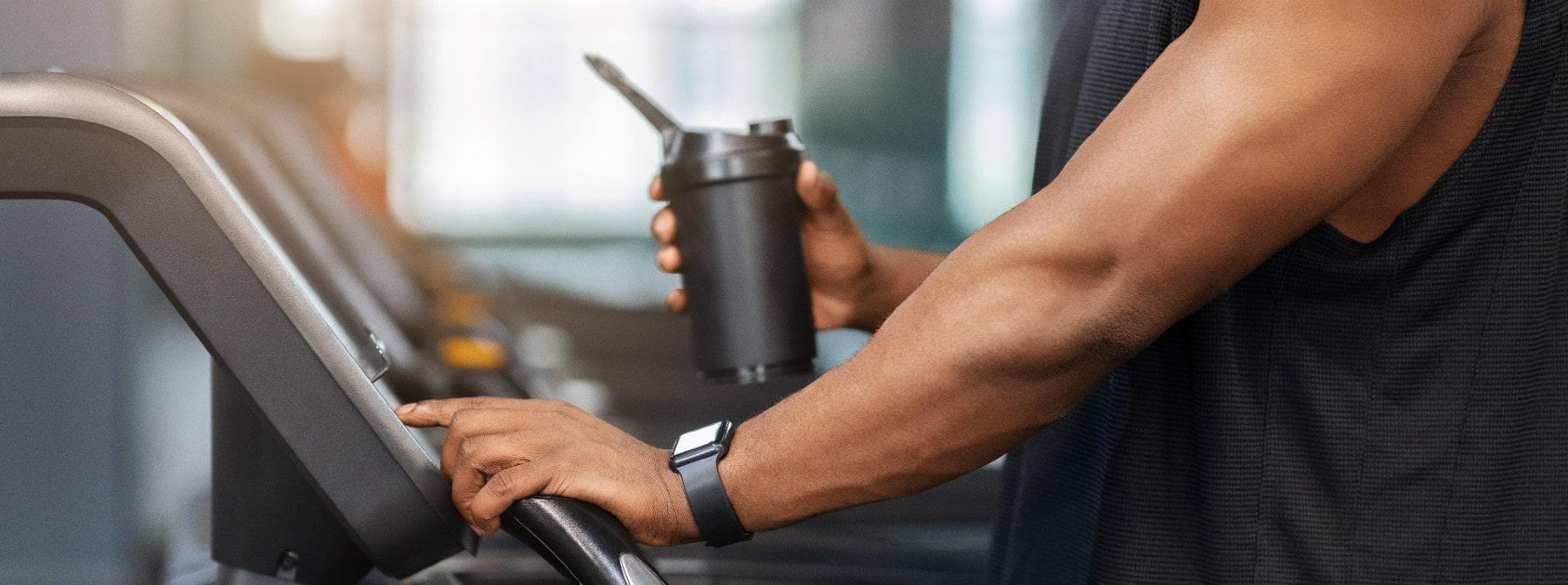 Solltest du Creatin laden oder cyclen? Und wie viel Gramm pro Tag einnehmen?