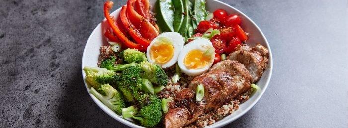 Einfache Protein Bowl Meal Prep