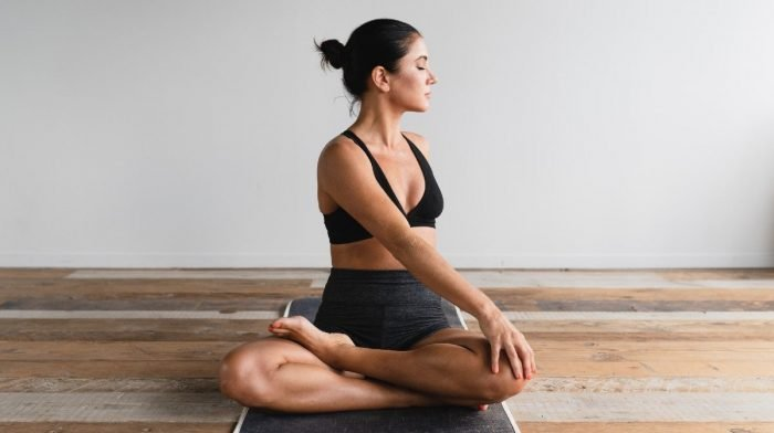 8 Great Hamstring Stretches To Combat Tight Thighs