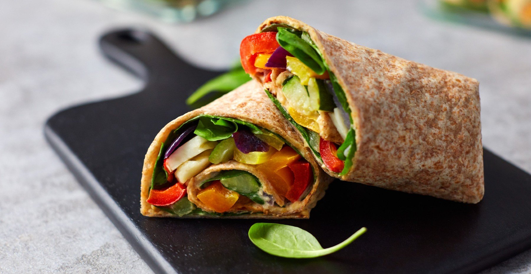 Geröstete Halloumi Wraps vom Blech | Ausgewogene Mahlzeiten