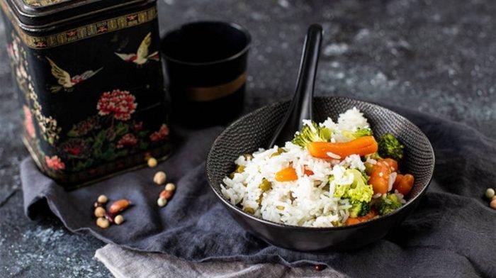 Bunter Reissalat | Leckeres Beilagen Rezept