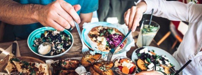 Solltest du weniger Kalorien zuführen, wenn du mit dem Training pausiert hast? | Deine Fragen beantwortet