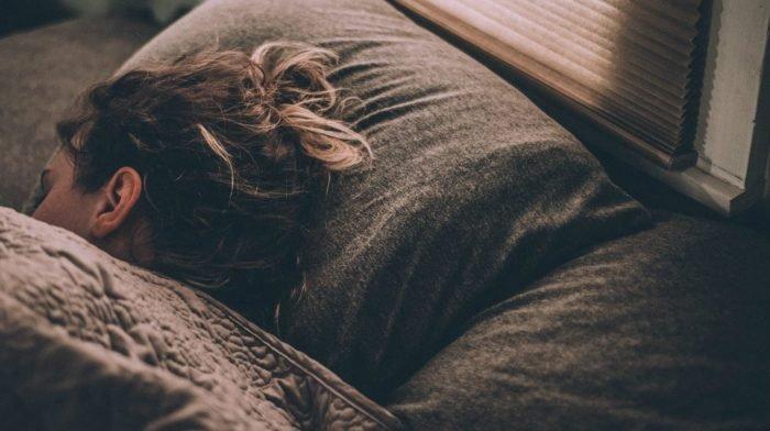 Ruhelose Nächte? Wie du deinen Schlaf verbesserst