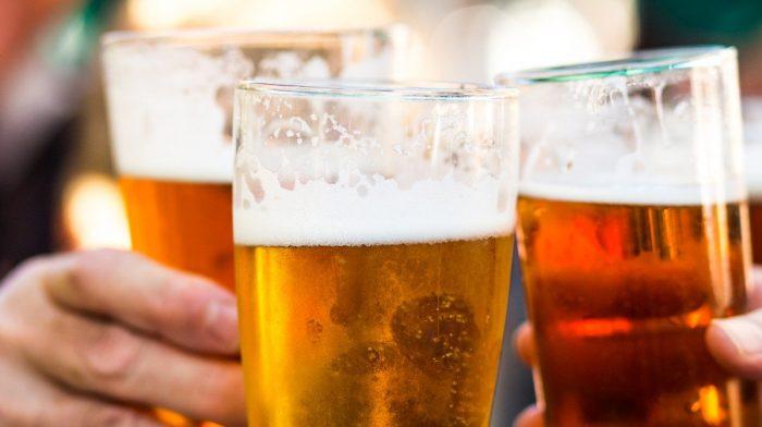 Muss ich auf Alkohol verzichten, um abzunehmen?