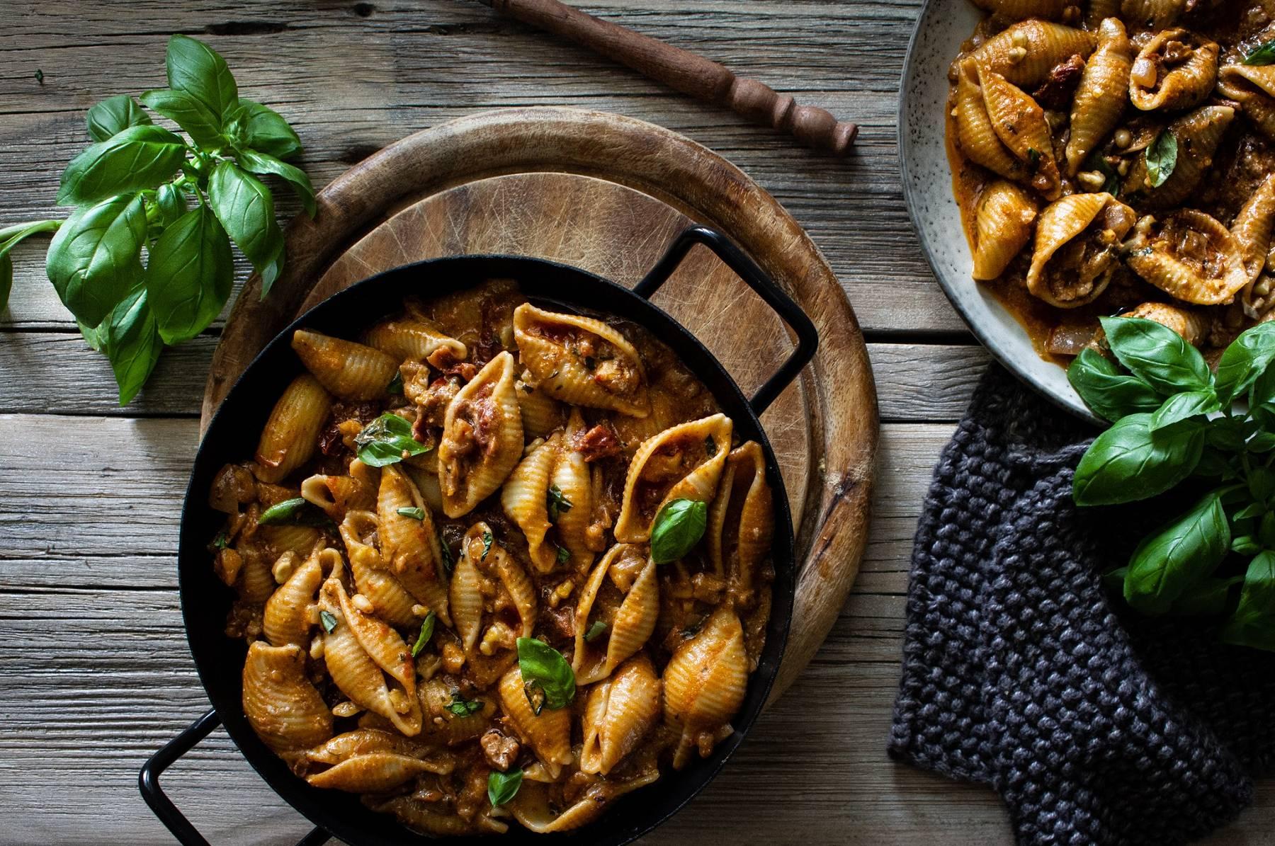 Shellnudeln mit Walnusshack | Veganes Meal Prep