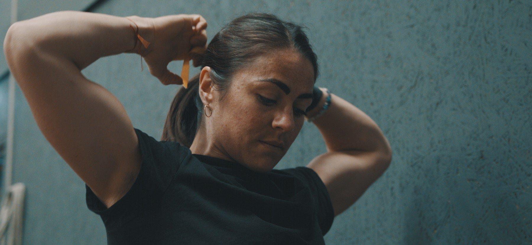 Im Kampf mit einer Essstörung & Leben mit PTSD | Emelye Dwyer: The Locker Room – Episode 1