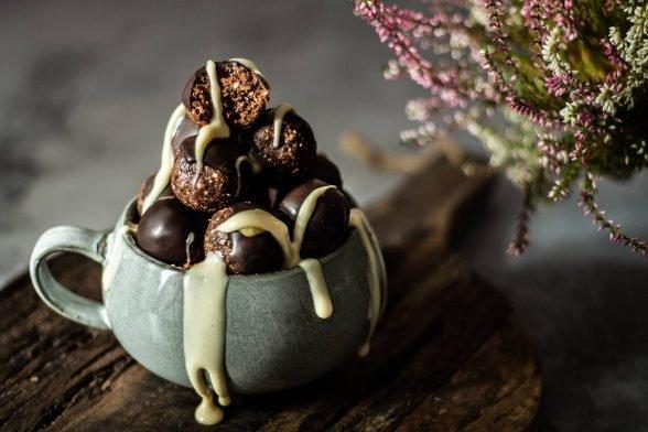 Schokoladen Protein-Kugeln ohne Backen