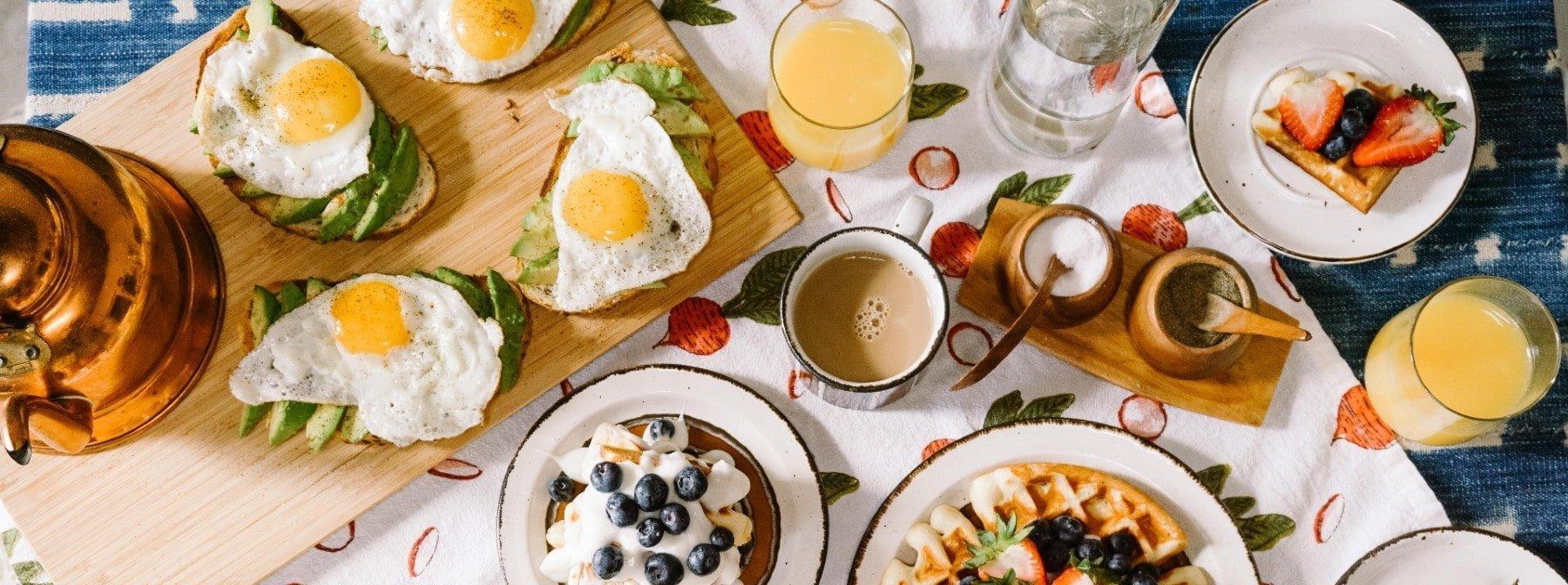 8 proteinreiche Frühstücks-Rezepte für einen guten Start in den Tag