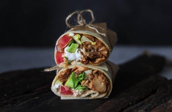 Vegane No-Chicken Wraps aus Seitlingen