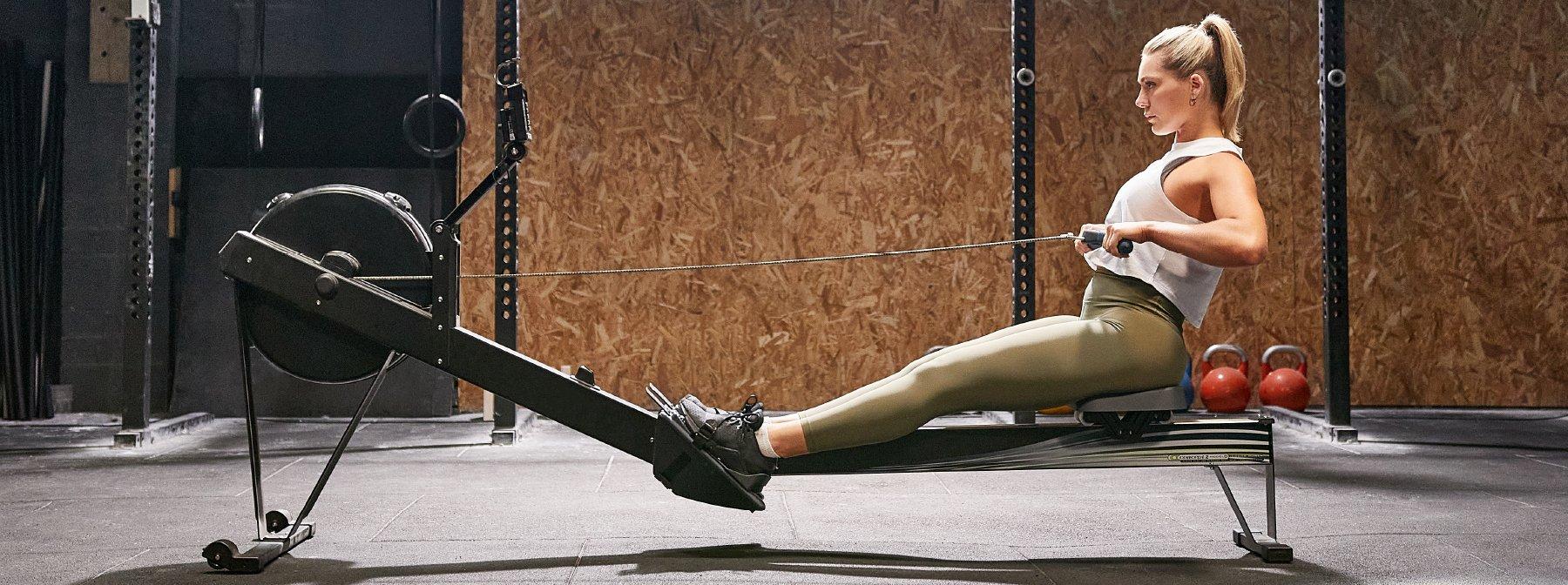 Influencerin normalisiert Gewichtszunahme von Frauen nach einer inspirierenden Erholung von einer Essstörung