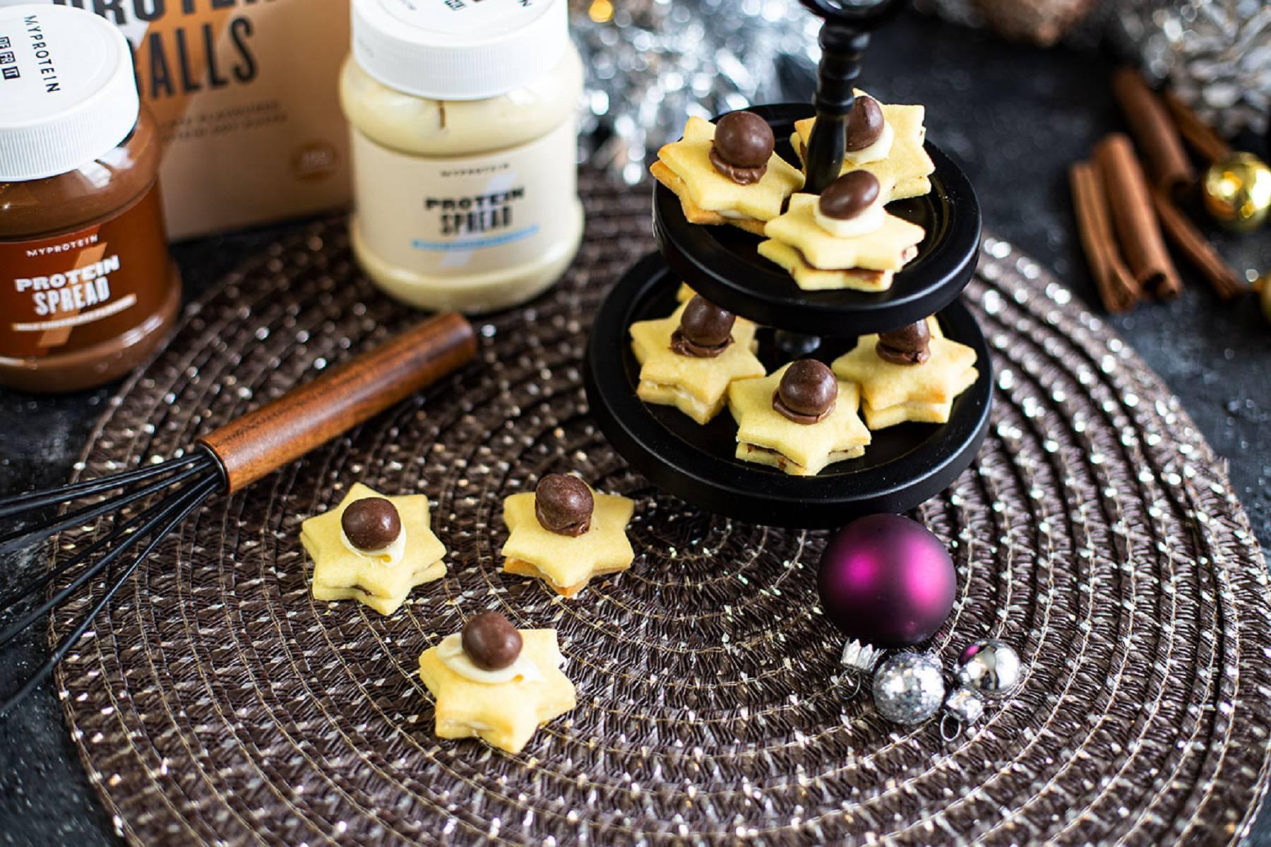 Traumhafte Weihnachtsplätzchen mit Protein Creme