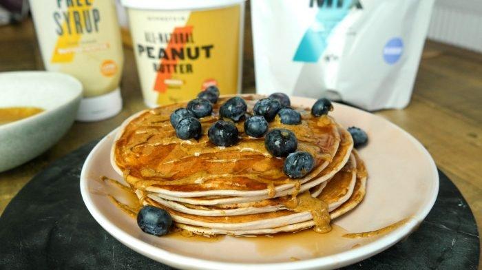 Blaubeeren & Buttertoffee Protein Pancakes