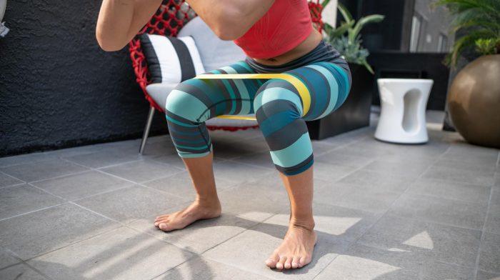 8 Übungen mit Widerstandsbändern | Home Workout mit Widerstandsbändern