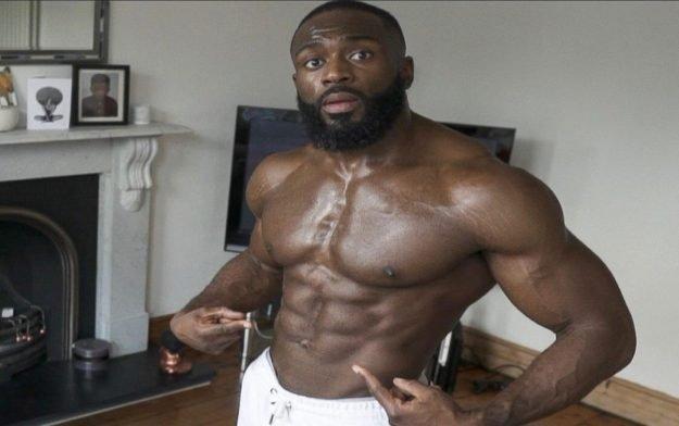 Gabriel Sey's schnelles Bauch-Workout | Trainiere von zu Hause aus