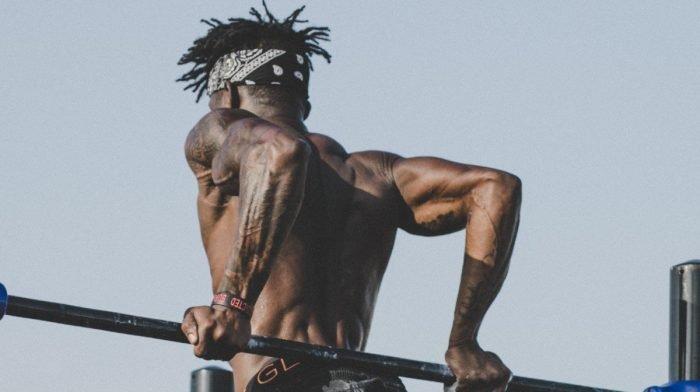 Die Basics des Muskelaufbaus | 5 Tipps, um schnell durchtrainiert zu werden