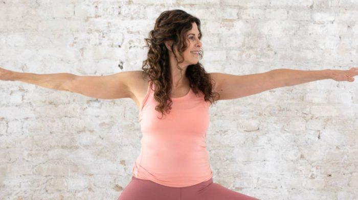 Das 34 Minuten Vinyasa Yoga Workout von 8fit   Finde deine innere Ruhe