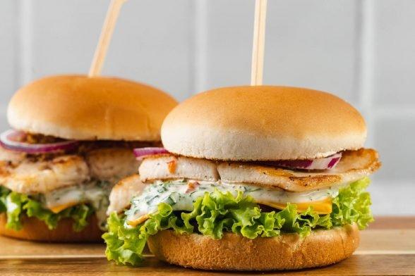 Ultimativer Fisch Burger zum Selbermachen   Gesundes Fast Food Rezept