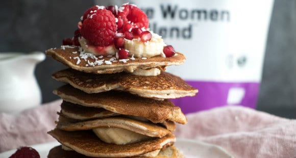 Super-Simple Diet Protein Pancakes | Low-Carb Breakfast