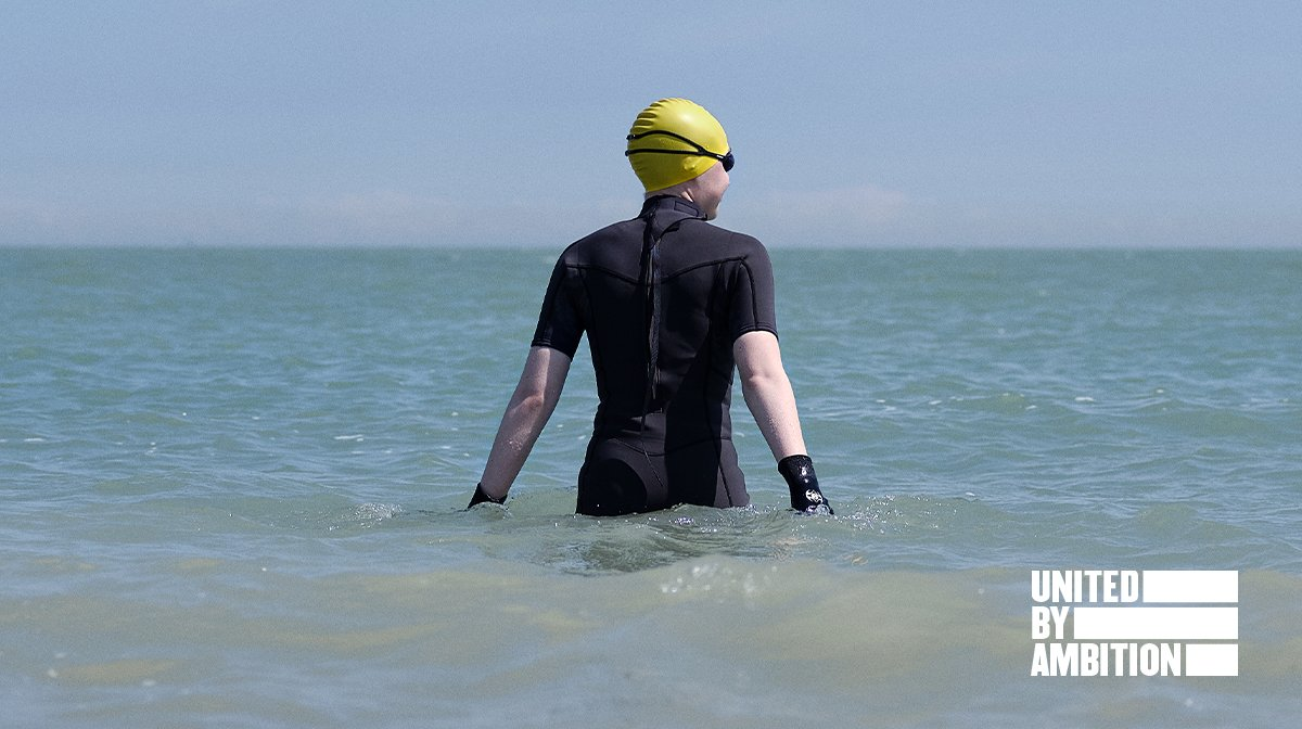 Meet Hannah: Artist & Adventurer With A Passion For Open Water Swimming