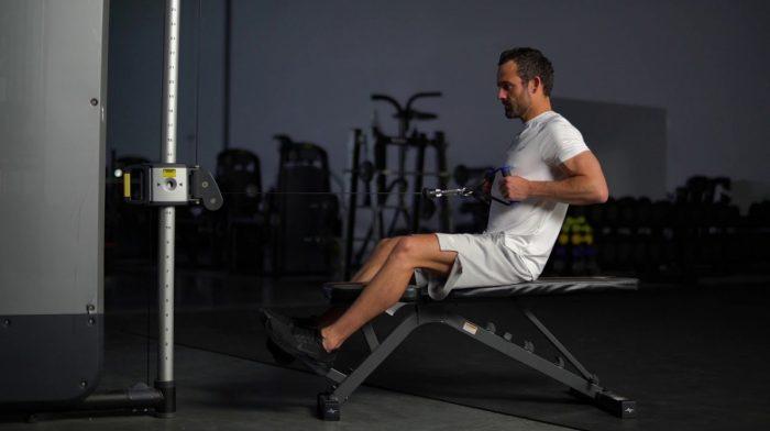 Remo en polea baja sentado | Técnica y variaciones