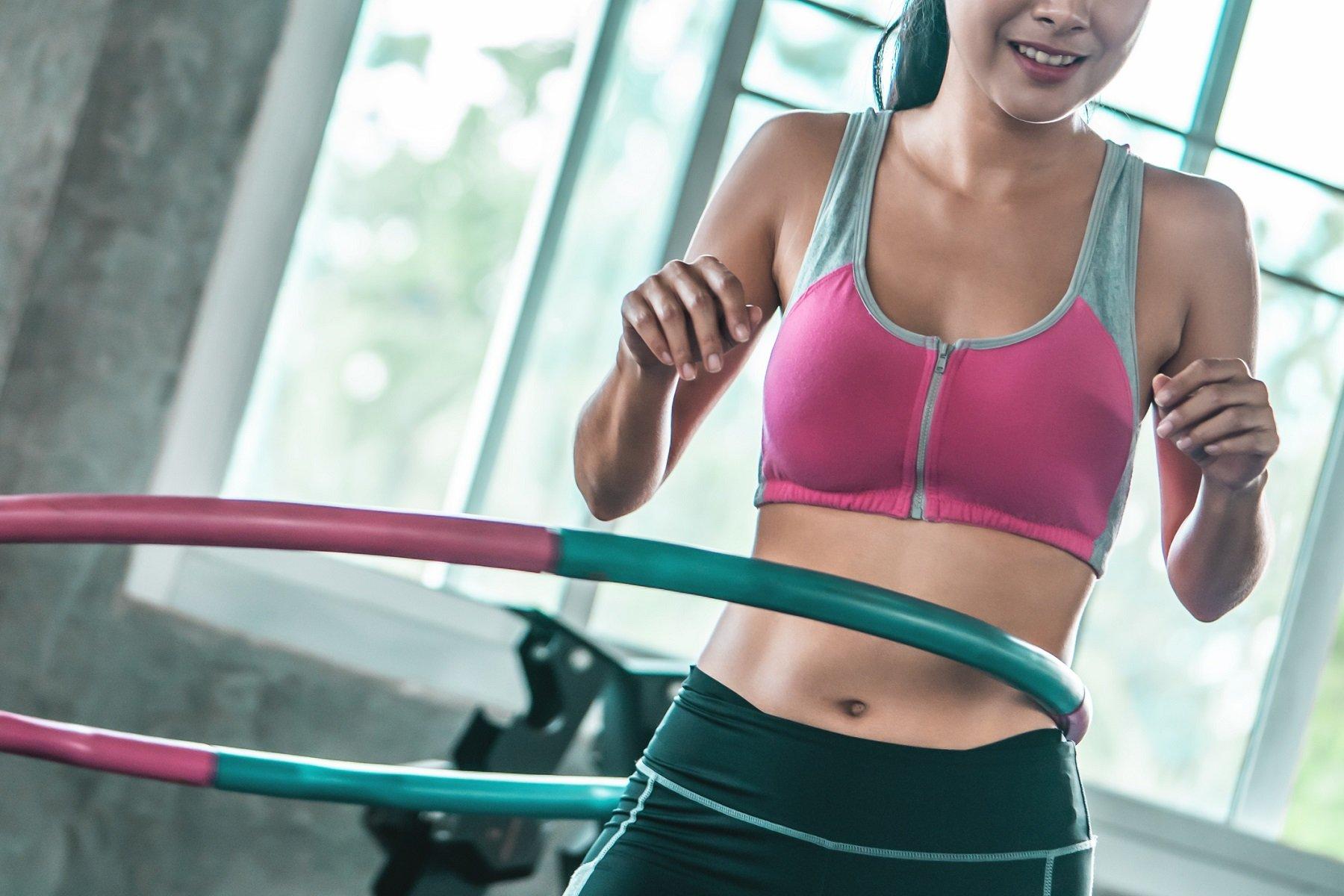 Rutina de Hula Hoop para el abdomen | Ejercicios, beneficios y consejos