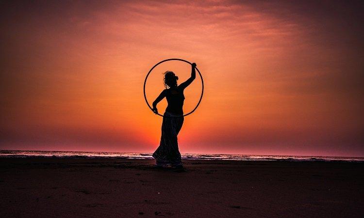 ejercicios con Hula Hoop