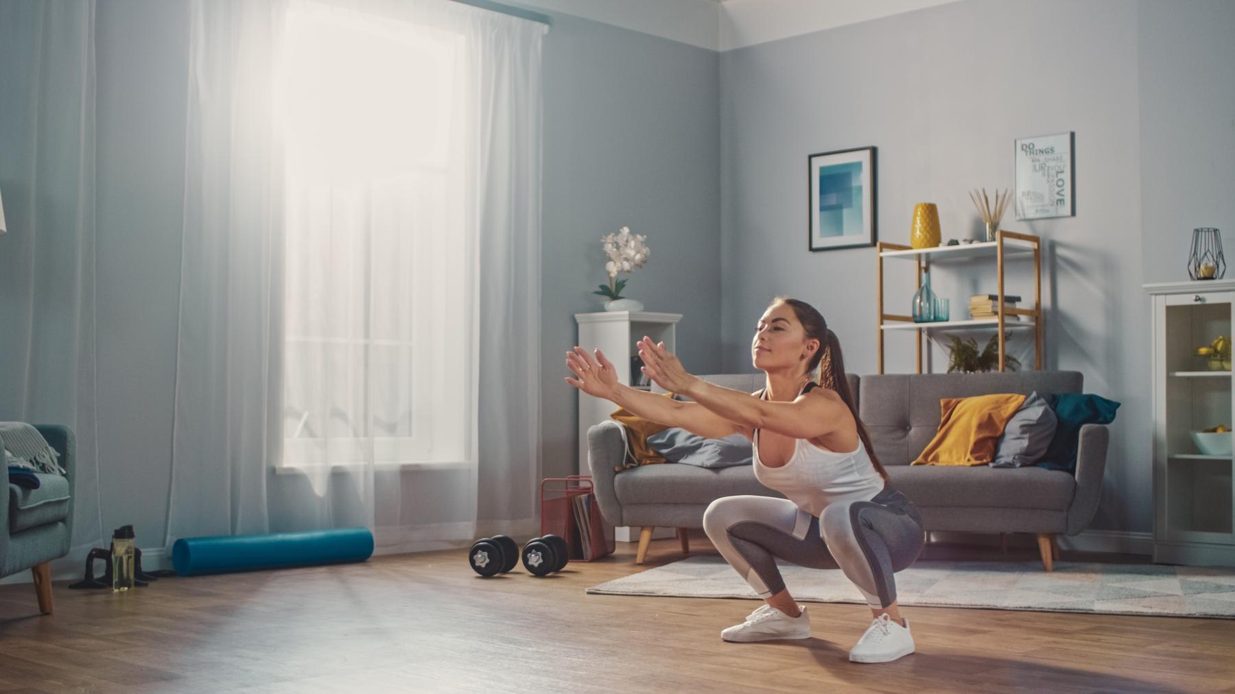 Los 10 mejores ejercicios para hacer en casa para mujeres