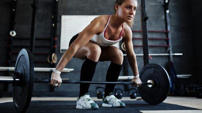 Levantamiento de pesas para mujeres | Beneficios y mitos