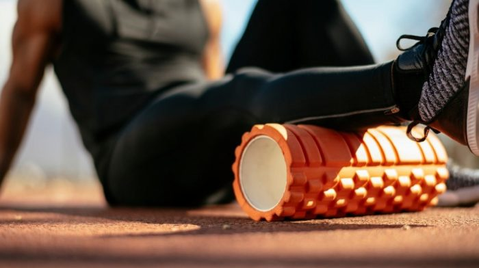 Ejercicios con foam roller para trabajar todo el cuerpo | Liberar la tensión muscular